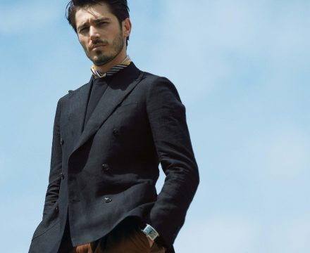 ITEM OF THE MONTH : 블랙 재킷