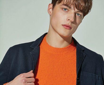 스타일링 팁 : 네이비 재킷 컬러 매칭